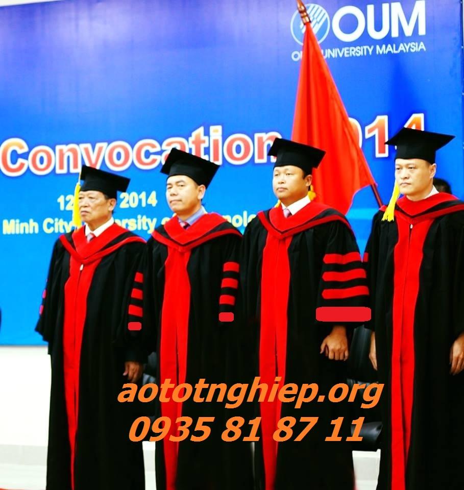 Thuê áo tốt nghiệp HCM